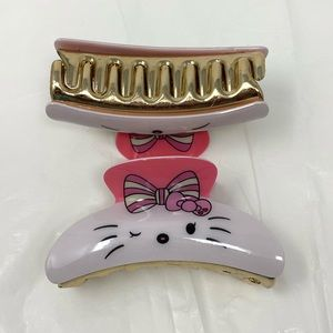 Other - NEW Super Cute Hello Kitty Claw Hair Clips!